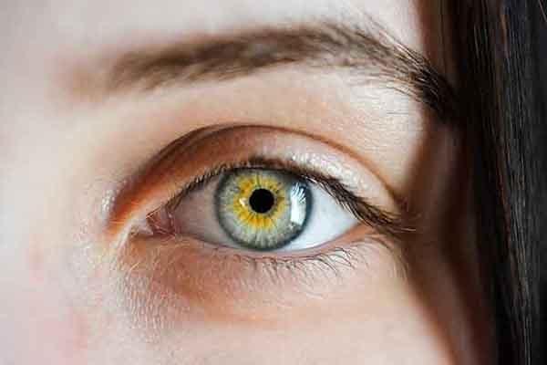 El ojo estéticamente atractivo aún en la vejez